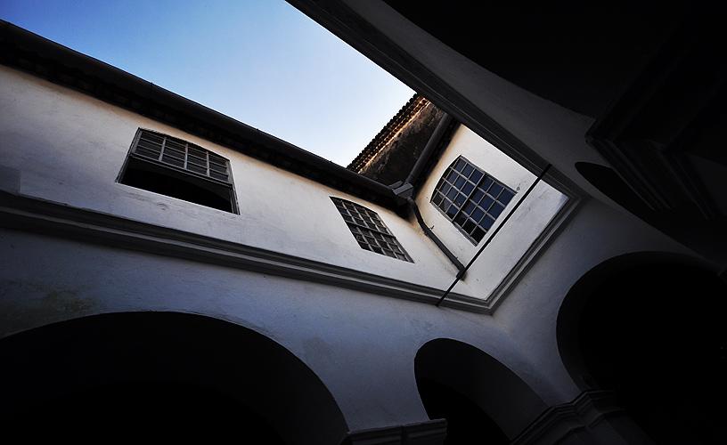 Detalhe: corredores do convento