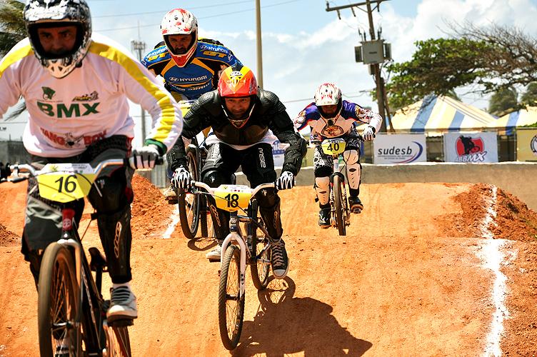 soteropoli.com-fotos-fotografia-salvador-bahia-copa-brasil-bicicross-2011 (2)
