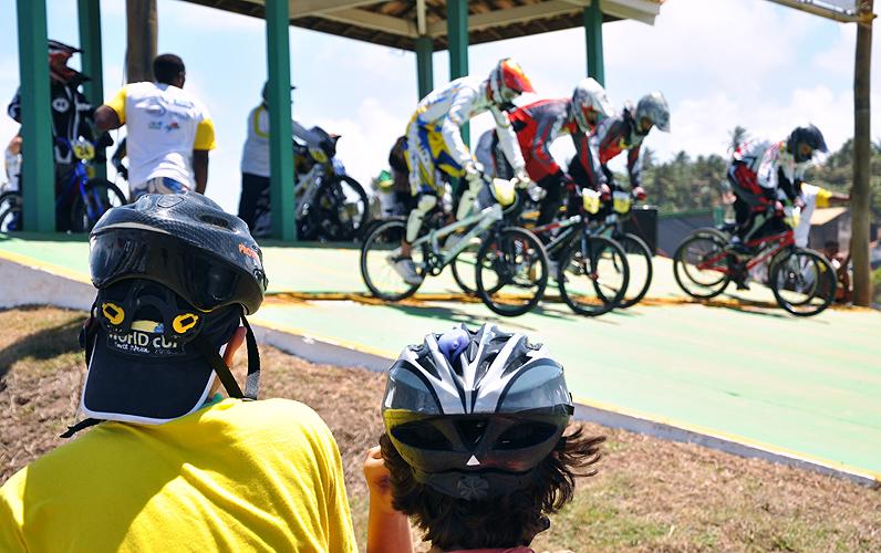 soteropoli.com-fotos-fotografia-salvador-bahia-copa-brasil-bicicross-2011(1)