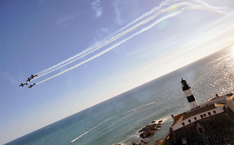 soteropoli.com-fotos-fotografia-salvador-bahia-aereas-esquadrilha-fumaca-2011 (10)