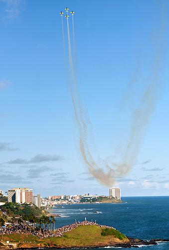 soteropoli.com-fotos-fotografia-salvador-bahia-aereas-esquadrilha-fumaca-2011-(38)