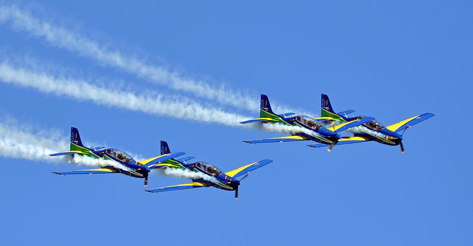 soteropoli.com-fotos-fotografia-salvador-bahia-aereas-esquadrilha-fumaca-2011 (8)