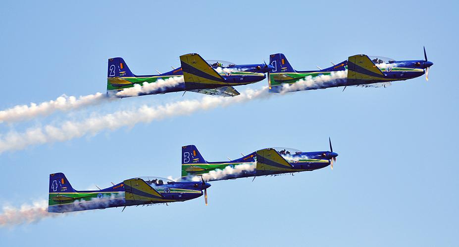 soteropoli.com-fotos-fotografia-salvador-bahia-aereas-esquadrilha-fumaca-2011 (9)
